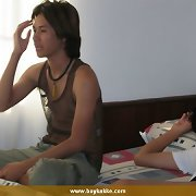 Cute Asian couple get horny at home